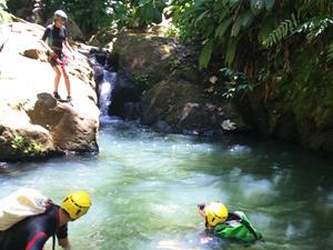 Réservez votre journée de canyoning sur le parcours Beaugendre en Guadeloupe